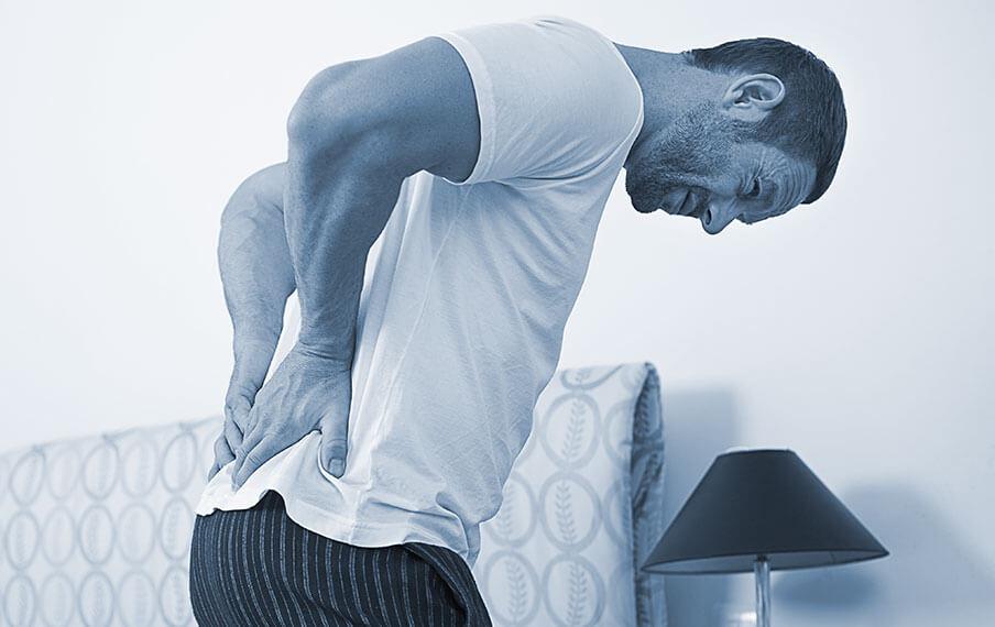 El dolor de espalda puede ser una causa de la falta de sexo